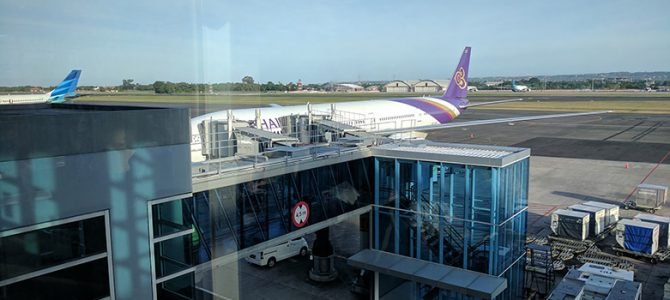 Thai Airways TG432 773 Economy Class Flight Review: Denpasar to Bangkok DPS to BKK