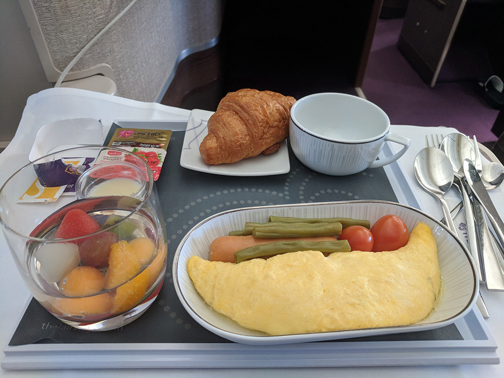 Thai Airways Tg102 773 Business Class Flight Review
